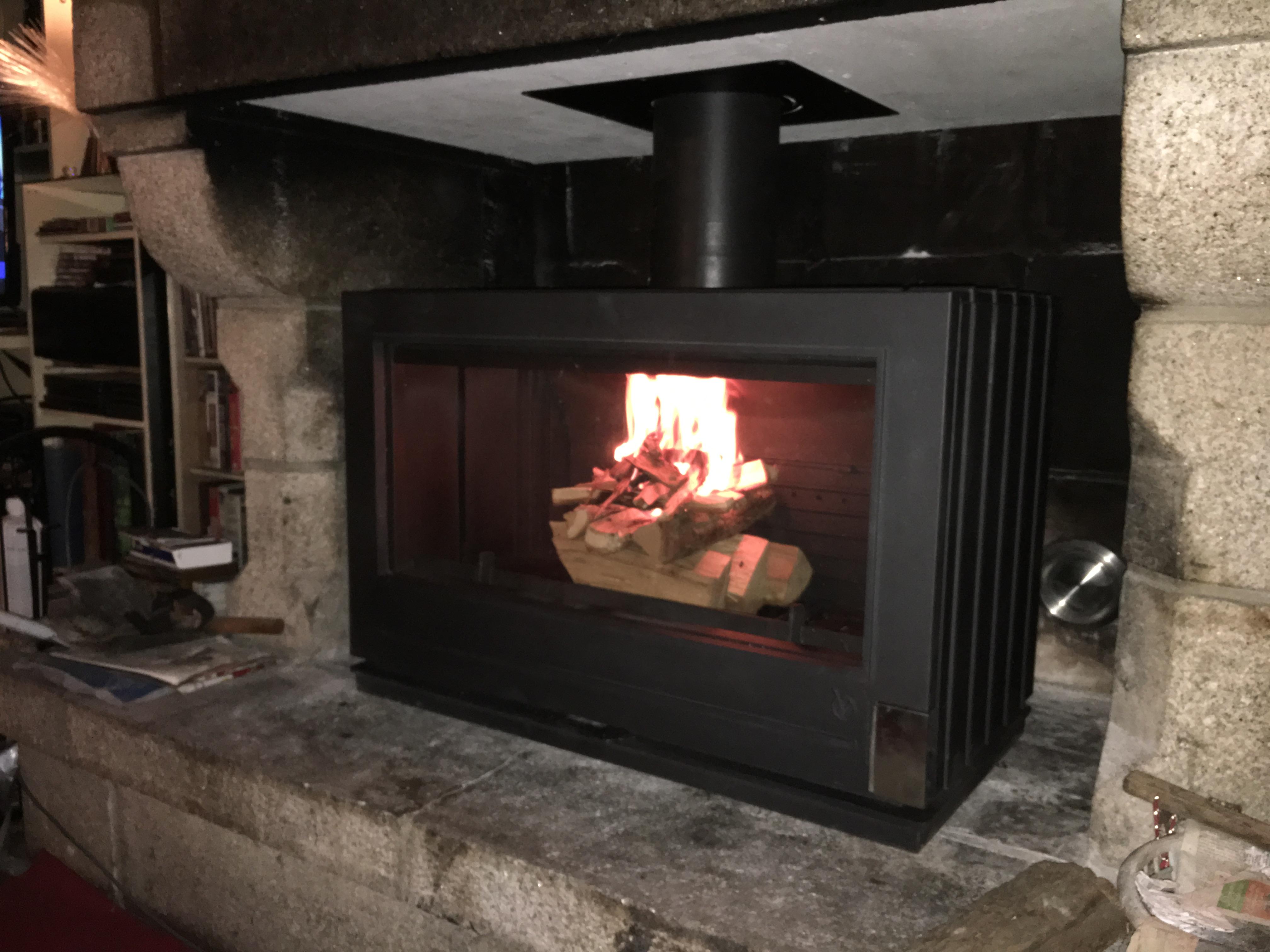 Poêle-bois-à-granulé-cheminée-cap-cheminée-Quimperlé-31