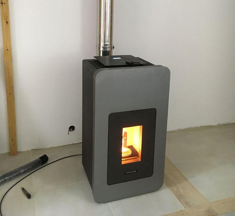 Poêle-bois-à-granulé-cheminée-cap-cheminée-Quimperlé-4_resultat1